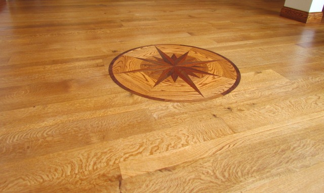 3in 5in 7in Quarter Sawn White Oak With Oil Finish   Medallion Inlay
