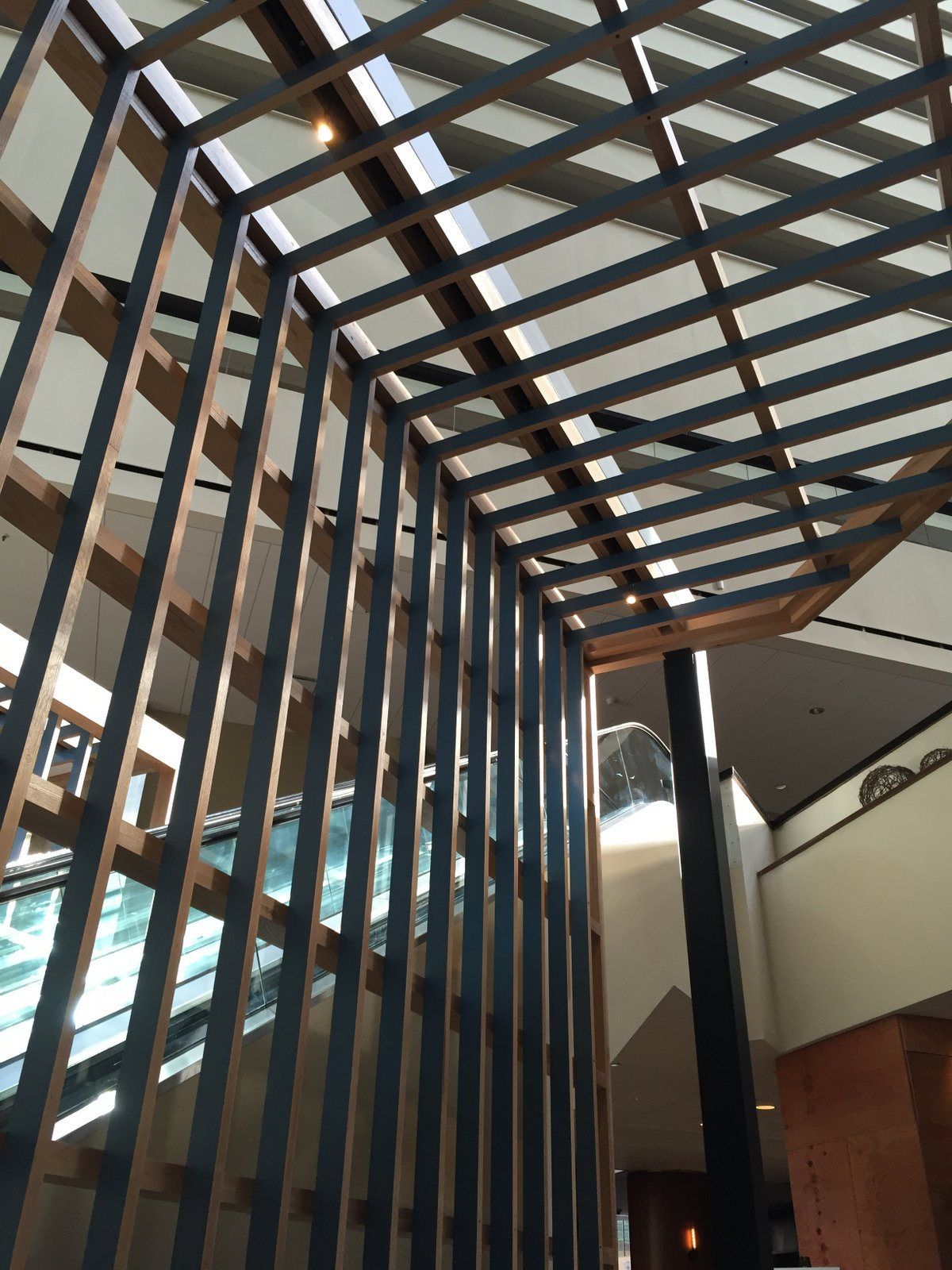 Hyatt Regency Indianapolis In Historic Timber And Plank